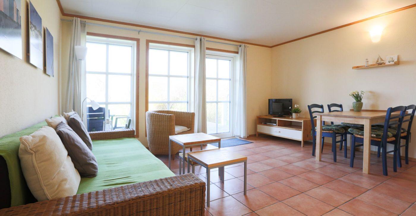 """Ferienwohnung """"3 im Strandhaus-Wiek mit Terrasse zum Wasser"""""""