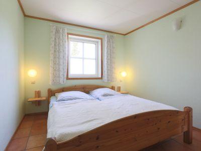 """Bild Ferienwohnung """"3 im Strandhaus-Wiek mit Terrasse zum Wasser"""""""